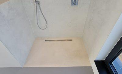 italiaanse stucwerk badkamer